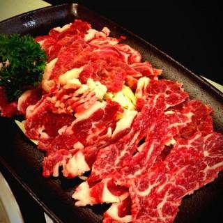 特級手切牛 - 位於的禾牛薈火煱館 (九龍城) | 香港