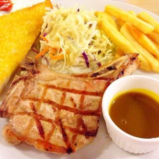 สเต็ก - Thanon Phaya Thai's Eat Am Are (Thanon Phaya Thai)|Bangkok