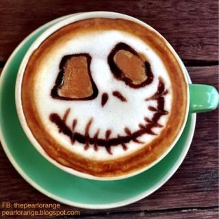 Rose latte - ใน灣仔 จากร้านEmpress Cafe (灣仔)|ฮ่องกง