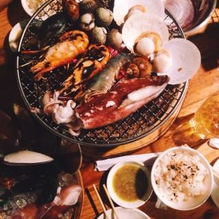 Seafood XL - 位于สามเสนใน的Summer Street (ซัมเมอร์ สตรีท) (สามเสนใน) | 曼谷