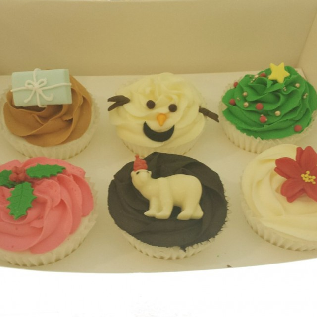 Christmas cupcakes - Just Heavenly Cafe - Café - Bangsar(孟沙) - Klang Valley