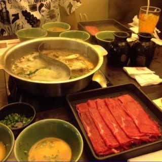 สุกี้/ชาบู เนื้อหมูดำ - Pathum Wan's Mo Mo Paradise (โมโม่ พาราไดซ์) (Pathum Wan)|Bangkok