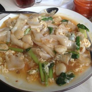 kwetiau siram -  dari Eaton - Ah Mei Cafe - Sen Ju (Kuningan) di Kuningan |Jakarta