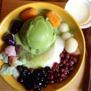 Matcha Ice Cream  -  dari Sumoboo (Slipi) di Slipi  Jakarta