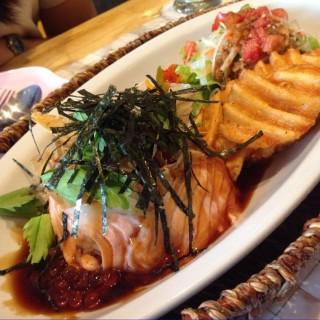 ข้าวแซลมอน - Lum Phi Ni's Mokuola (โมกุโอละ) (Lum Phi Ni)|Bangkok