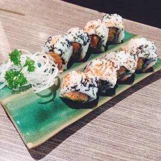 Salmon sushi - ในGrogol จากร้านIchiban Sushi (Grogol)|Jakarta