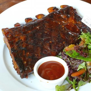 Baby Back Pork Ribs (Half Slab) - 位於Kemang的Spanky's Ribs And Martinis (Kemang) | 雅加達