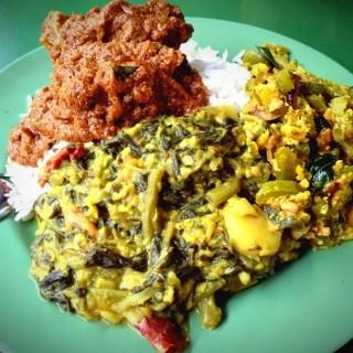 Mutton Masala, creamy spinach & spice onion on rice! -  Little India Tekka Serangoon Road / Madurai Meenakshi (Little India Tekka Serangoon Road)|Singapore