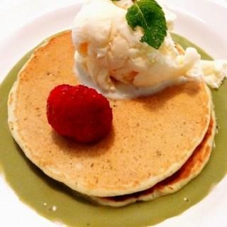 Olivia's Green Tea Pancake - 位於的Nanny's Pavillon (Slipi) | 雅加達