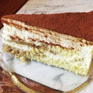 Tiramisu Cake - Cikini's Bakoel Koffie (Cikini)|Jakarta