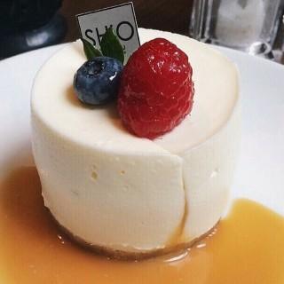 Caramel rare cheesecake - 位於คลองเตยเหนือ的SHIO Yoshoku (คลองเตยเหนือ) | 曼谷