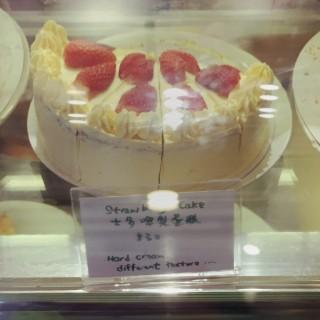 士多啤梨蛋糕 - 位於的咖啡滸 (北角) | 香港