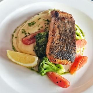 Grill Salmon Fillet - Thamrin's Bistro Baron (Thamrin)|Jakarta