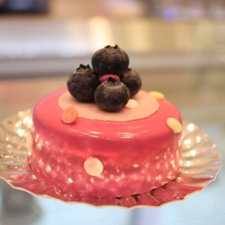 Blueberry Cheesecake -  dari Harlan's Cake Shop (尖沙咀) di 尖沙咀 |Hong Kong