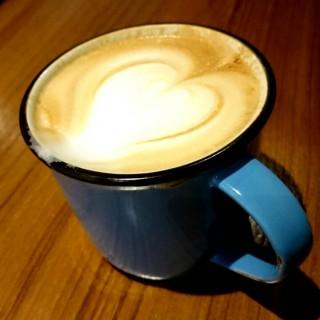 Cappuccino - ใน灣仔 จากร้านJam (灣仔)|ฮ่องกง