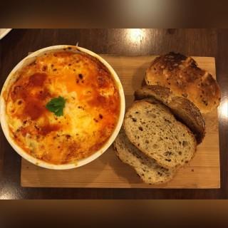 Baked Eggs - 位於Klang的黑石頭蛋糕咖啡屋 (Klang) | 雪隆區