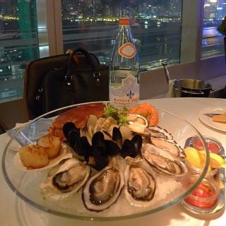 Tsim Sha Tsui's Ambrosia Oyster Bar & Grill (Tsim Sha Tsui)|Hong Kong