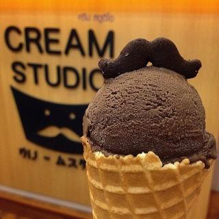 Chocolate mashmellow - 位于ลุมพินี的Cream Studio (ลุมพินี) | 曼谷