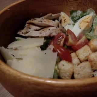 Caesar Salad -  dari Slice of Heaven (Thamrin) di Thamrin |Jakarta