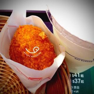 南瓜薯餅、汽水 - Tsing Yi's MOS Burger (Tsing Yi)|Hong Kong