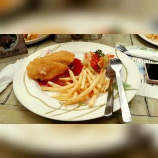 Chicken Cordon Bleu - Central Bandung's Kupu Bistro (Central Bandung) Bandung