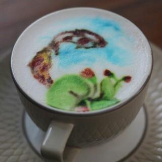 Coffee latte - 位于的Saka Bistro & Bar (Setiabudi) | 万隆