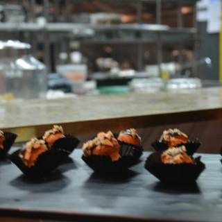 Desserts 🍰 -  dari Wyl's Kitchen (Kebayoran Baru) di Kebayoran Baru  Jakarta