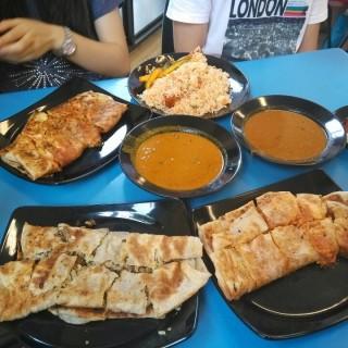 Murtabak - ในBugis จากร้านSingapore Zam Zam (Bugis)|สิงคโปร์
