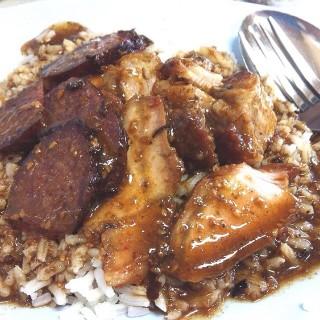 ข้าวหมูแดง -  dari ข้าวหมูแดงนายฮุย (วังบูรพาภิรมย์) di วังบูรพาภิรมย์ |Bangkok