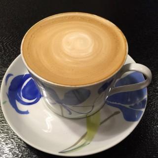 卡布奇諾 -  dari MurMur Café (中和區) di 中和區 |New Taipei / Keelung
