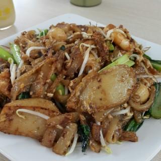 Kwetiau Goreng Seafood - Green Ville's Kwetiau Sapi 78 Mangga Besar (Green Ville)|Jakarta
