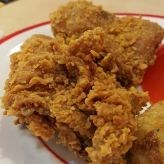 Ayam Dada Tulang - 位於Thamrin的Kentucky Fried Chicken (KFC) (Thamrin) | 雅加達