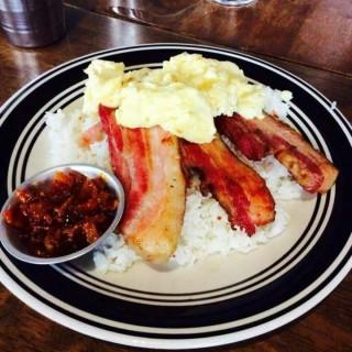 bacon  -  dari π Breakfast & Pies (Diliman) di Diliman |Metro Manila