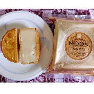 ขนมไหว้พระจันทร์ใส้เม็ดบัว/ไส้ทุเรียน - 位於ตลาดยอด的S&P Shop (เอส แอนด์ พี) (ตลาดยอด)   曼谷