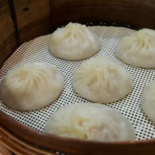 Xiao Long Bao Babi Kepiting - 位於Pantai Indah Kapuk的Jin Mu Dumpling Restaurant (Pantai Indah Kapuk) | 雅加達