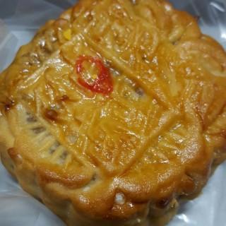 ขนมไหว้พระจันทร์ไส้ทุเรียนไข่1 - 位於สัมพันธวงศ์的Tae Lao Jin Seng (สัมพันธวงศ์) | 曼谷