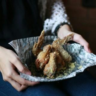garlic parmesan wings -  dari Wing Stop (Bintaro) di Bintaro |Jakarta