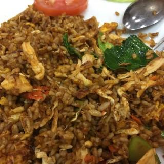 Nasi goreng tom yum ayam - 位於的Tom Yum Mama Kitchen (Mangga Dua) | 雅加達