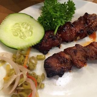 pork barbecue - Pasay's Giligan's Island Restaurant and Bar (Pasay)|Metro Manila