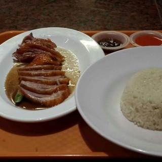Nasi Hainam Ayam Panggang - 位於Pluit的Singapore Hainanese Chicken Rice (Pluit) | 雅加達