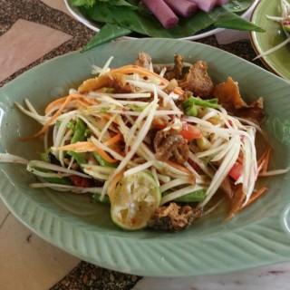 ส้มตำปลาช่อนกรอบ - 位于อ.เมืองลพบุรี的ส้มตำป้าก้อย (อ.เมืองลพบุรี) | 其他