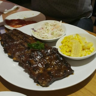 Smokey Baby Back Ribs - 位於Pantai Indah Kapuk的Smokey Ribs (Pantai Indah Kapuk) | 雅加達