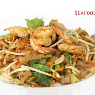 kwetiau goreng seafood - Ancol's Marina Kitchen (Ancol)|Jakarta