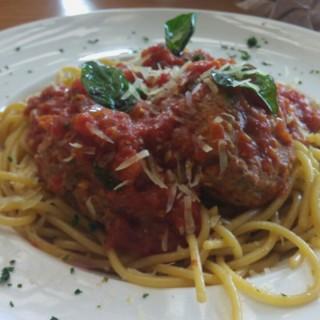 spaghetti puri indah 39 s kitchenette puri indah jakarta