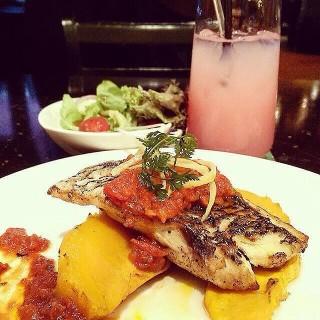 Pan Fried Red Snapper -  Bangsar / La Bodega (Bangsar)|Klang Valley