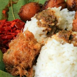 nasi jamblang - Cirebon's Nasi Jamblang Mang Dul (Cirebon)|Other Cities