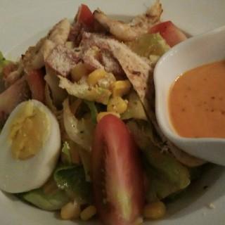 Caesar Salad -  dari B'Steak Grill & Pancake (Green Ville) di Green Ville |Jakarta