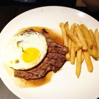 Redling steak -  dari Congo Solidwood Galery & Cafe (Dago Pakar (Dago Atas)) di Dago Pakar (Dago Atas) |Bandung