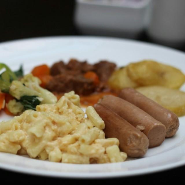 sosis macaroni - Pemuda's Piccadilly Lounge|Dating / Couple - Semarang