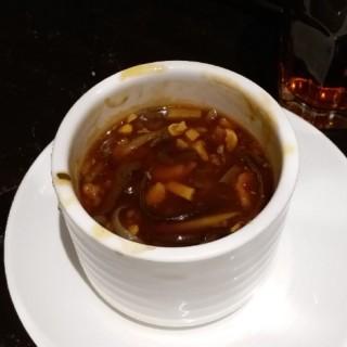酸辣湯 - 位於的翡翠拉麵小籠包 (沙田) | 香港